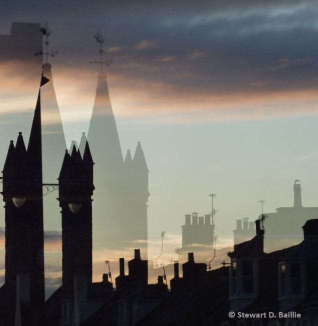 Tolbooth - lights off (© Stewart Baillie)